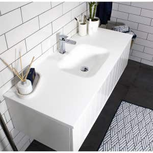 FLOW Solid Surface Vanity Top, w/ Integrated Basin 900mm Matte White